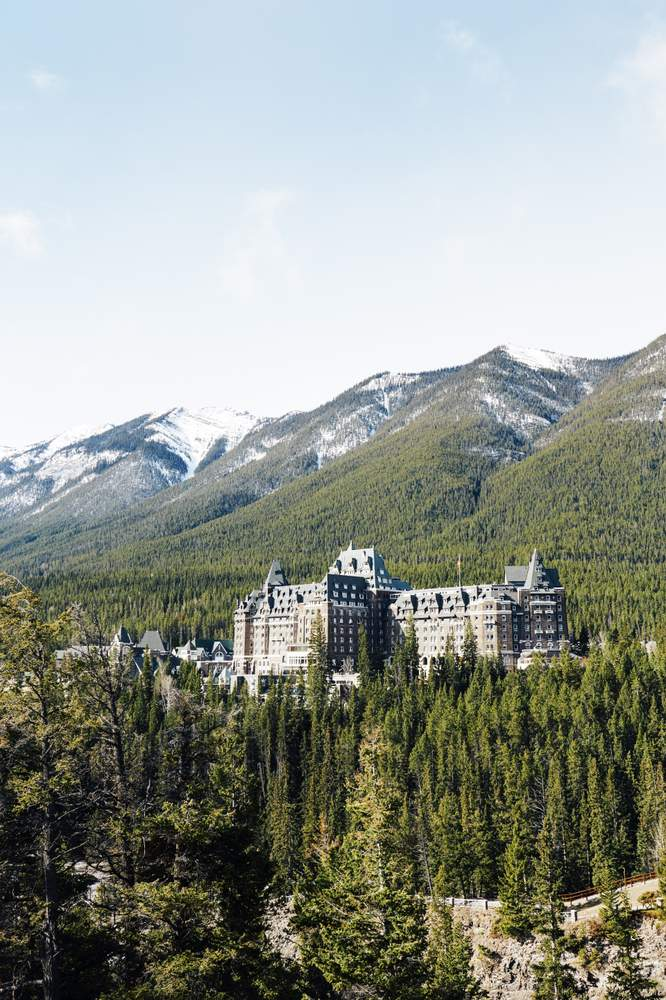 Fairmont Banff SpringsPhotographer: Chris Chen